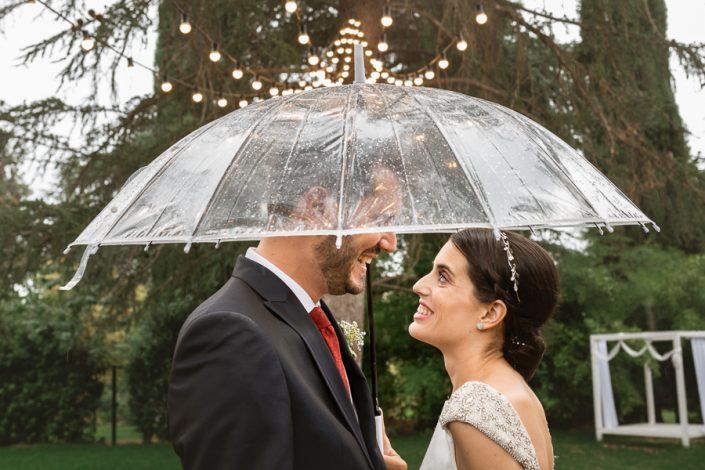 Reportaje de boda con lluvia
